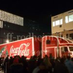 Coca-Cola Weihnachts-Truck bei der Ausfahrt