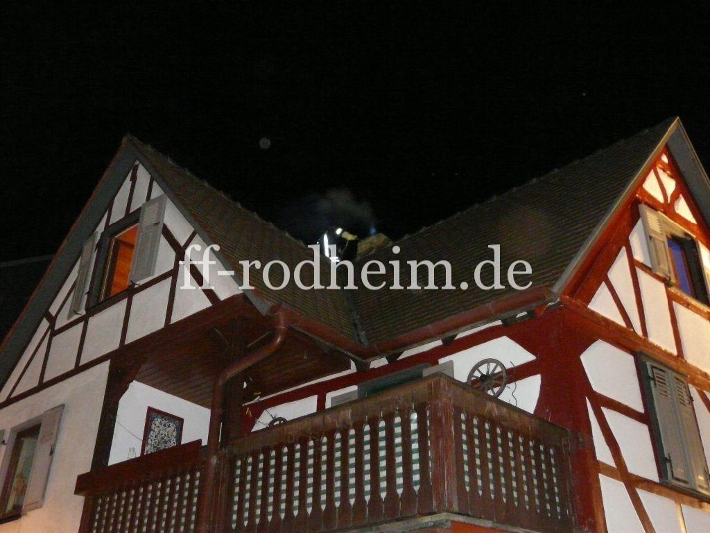 kaminbrand freiwillige feuerwehr rodheim v d h. Black Bedroom Furniture Sets. Home Design Ideas
